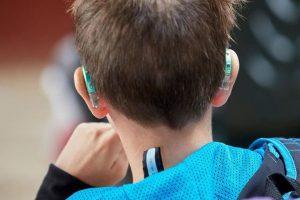 Audífonos para niños: precios, características y consejos de uso
